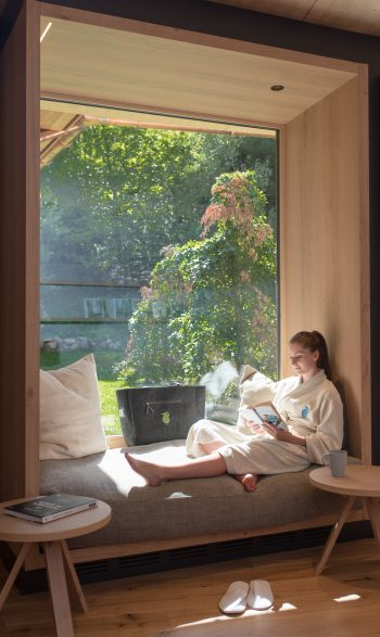 Entspannung im spa.wohnzimmer im Daberer natur.spa | Foto: der daberer. das biohotel/F. Neumüller