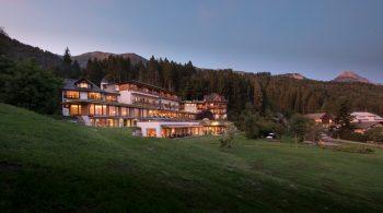 Sommer-Hotelansicht des Biohotel der daberer | Foto: der daberer. das biohotel/F. Neumüller