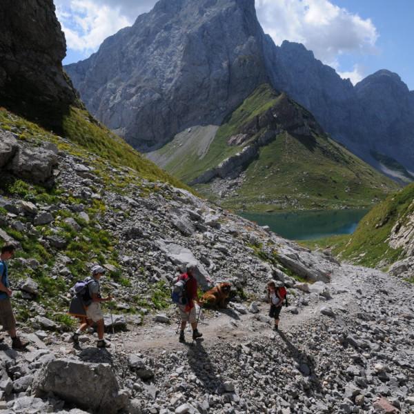 Weg hinunter zum Wolayersee in den Karnischen Alpen
