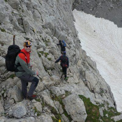 Abstieg hinunter zum Eiskargletscher