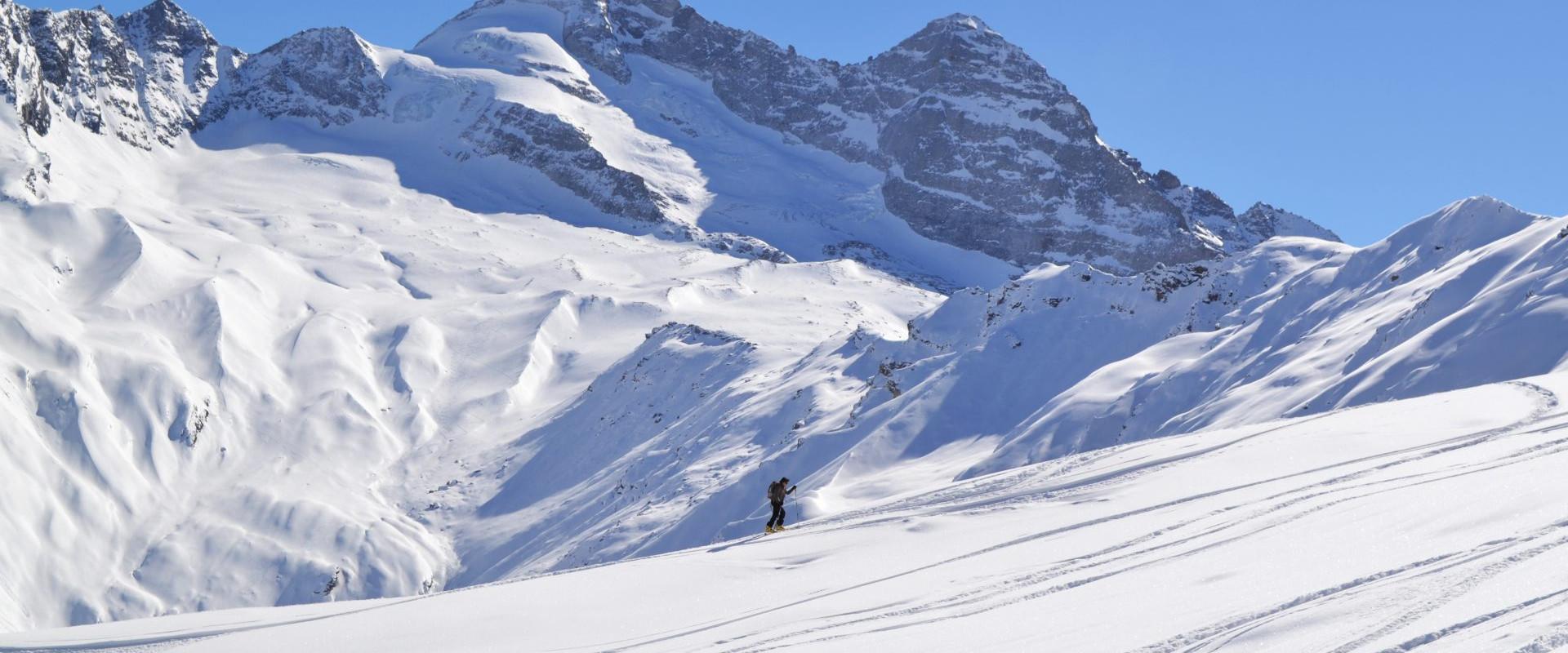 Skitour im Wipptal - bei Prachtwetter und wolkenlosen Himmel auf die Hohe Warte im Schmirntal