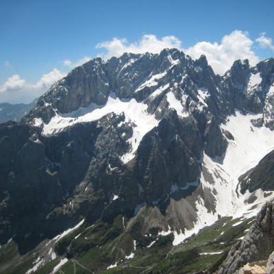 Der Eiskar-Gletscher (links) in den Karnischen Alpen