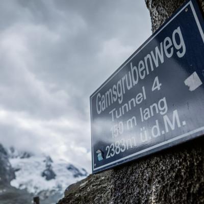 Der Gramsbrubenweg startet bei der Franz Josefs Höhe der Großglockner Hochalpenstraße