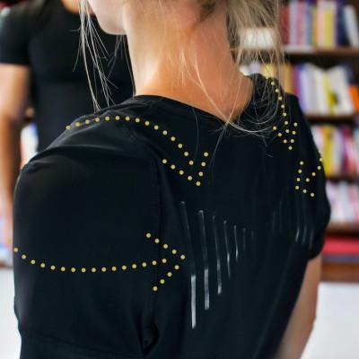 1_Function T-shirt posture