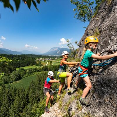 o_00000062700_Kanzianiberg-Klettersteig-mit-Familie-4_Region-Villach-Tourismus-GmbH_Franz-Gerdl_web